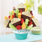 edible-arangements-cupcakes
